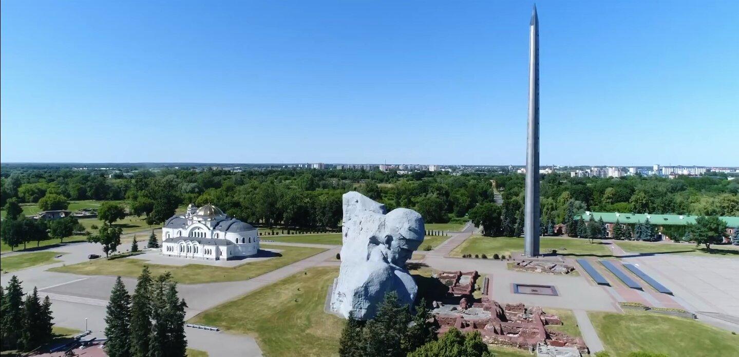 Brest Fortress Bayonet memorial